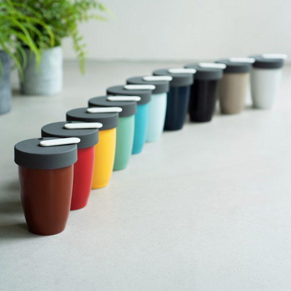 Taza de Café con Tapa de Colores Nomad Loveramics